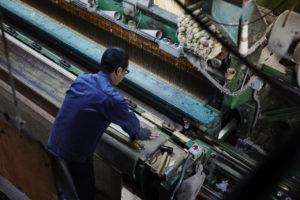 ウィルトン織機と織工